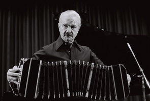 AstorPiazzolla1 resize